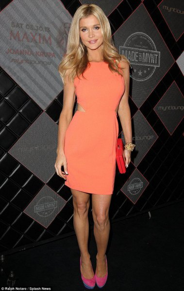 Orange side mini dress with clutch made of suede
