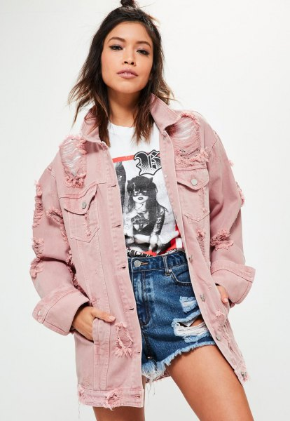 Oversize blush denim jacket with white printed t-shirt and blue high rise denim shorts