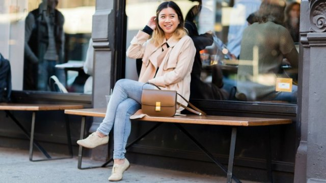 Light pink blazer with light blue skinny jeans and blushing wingtip oxfords