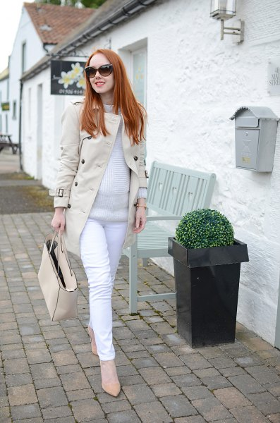 Light pink longline blazer jacket with white maternity jeans