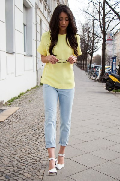 Light yellow chiffon blouse with short sleeves and sky blue trousers with cuffs