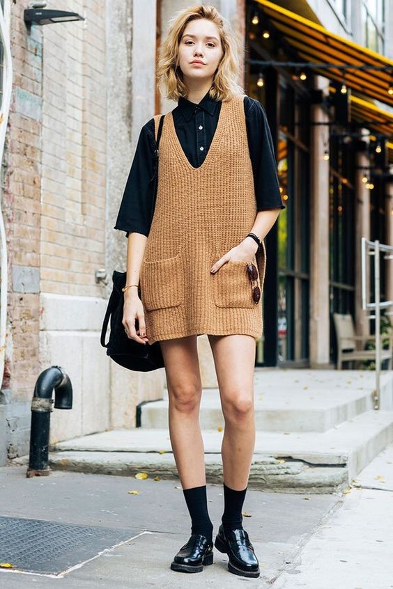 Apron dress camel knit