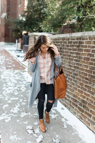 pink and white plaid shirt with gray longline cardigan and ripped jeans