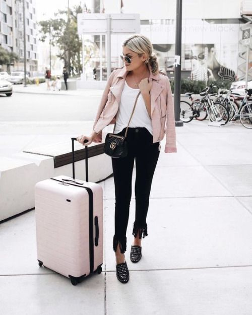 FASHION BLOGGER STREET STYLE | Pink leather jacket, Pink leather .