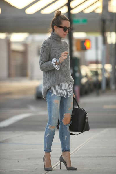 pink pointed toe heels gray turtleneck sweater