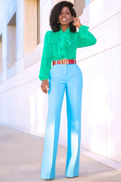 pink bow with bow and sky blue pants with high waist and wide legs