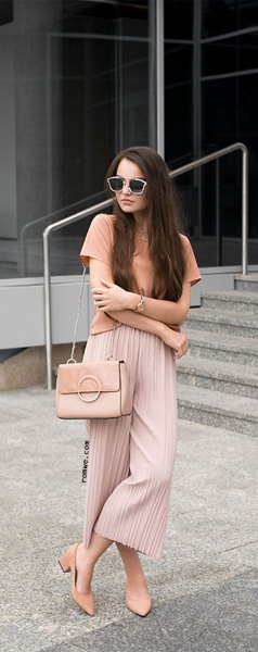pink t-shirt with blush pleated elastic waist wide leg pleated pants