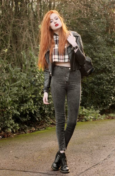 Checkered scarf with a short leather jacket with gray high-rise jeans