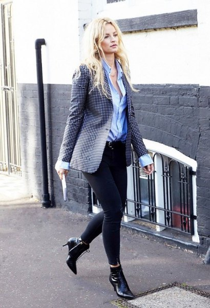Pointed toe ankle boots with a dotted blazer