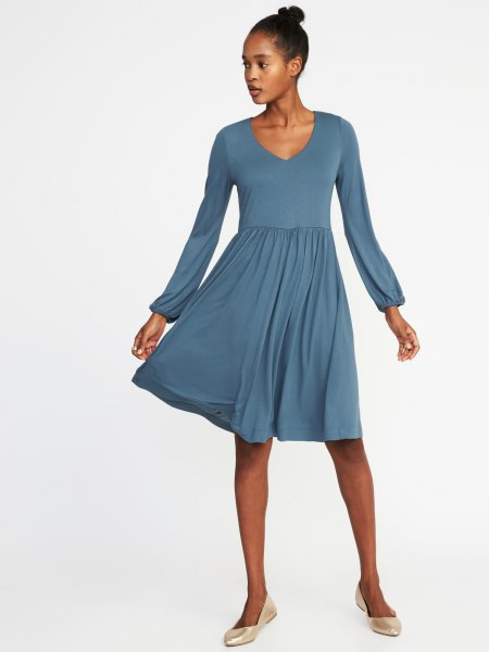 purple puff sleeve fit and flare midi V-neck dress
