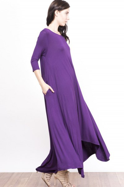 purple three-quarter-sleeved floor-length shift dress with bare strappy heels