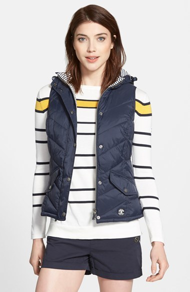 Quilted vest with colorful striped t-shirts