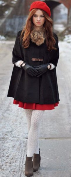 red painter hat black tunic top