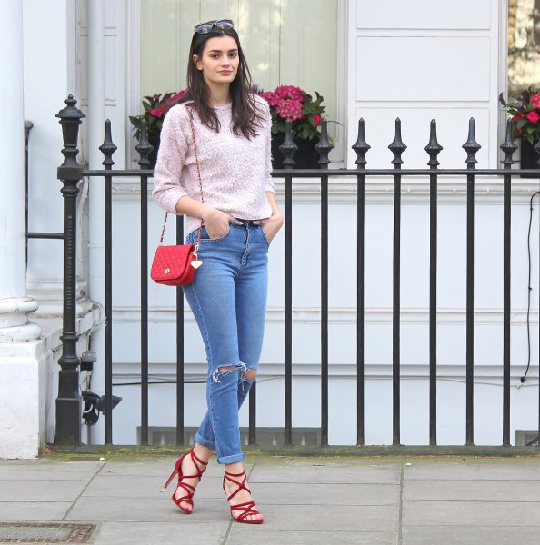 red strappy sandals gray knit sweater mom jeans