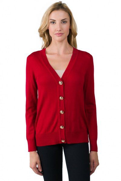red cardigan with V-neck and dark blue skinny jeans