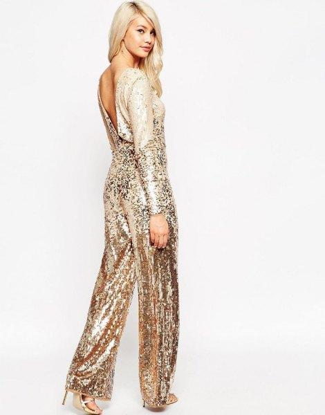 Sparkling overall made of rose gold, low back and wide legs
