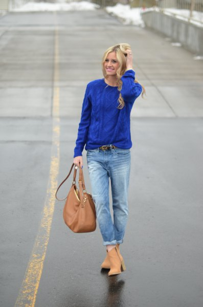 royal blue knitted sweater with boyfriend jeans with cuff