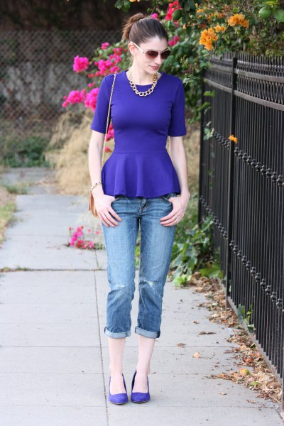 Royal blue peplum blouse with skinny jeans with cuffs
