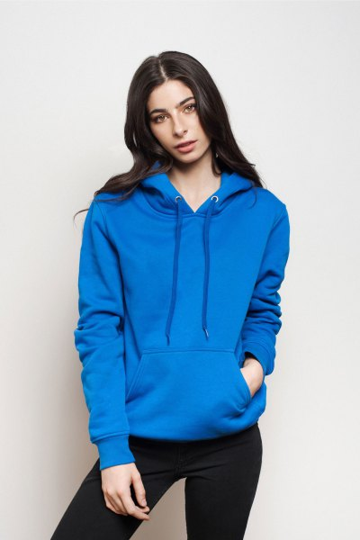 royal blue pullover hoodie with black skinny jeans