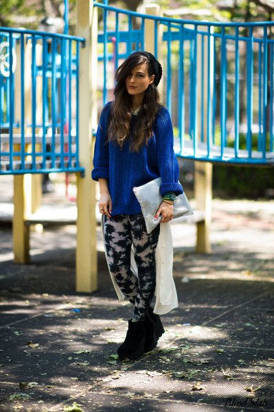Royal blue blouse with relaxed fit and black and white leggings