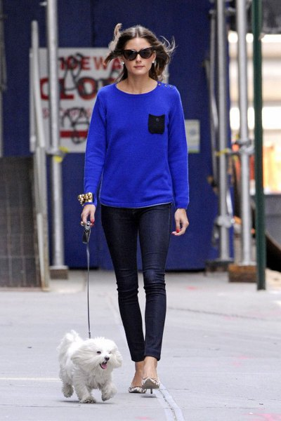 royal blue sweater with dark blue skinny jeans