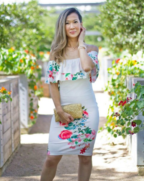 Ruffle off the shoulder floral bodycon dress