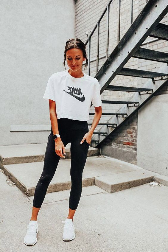 17 Cute Leggings Outfit Ideas To Own Now in 2020 | Womens workout .