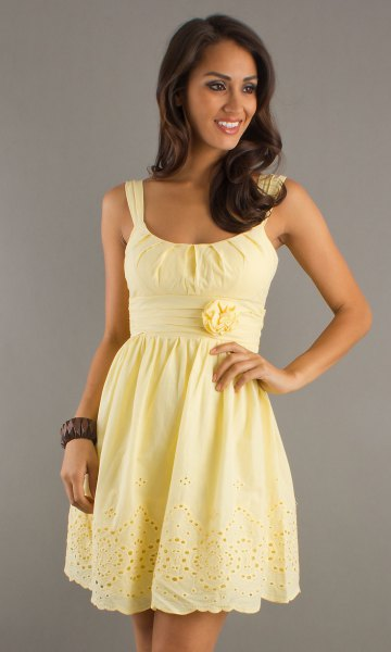 U-boat with a scoop neckline and a flared mini dress