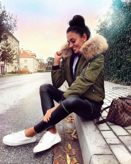Puffer short jackets styling ideas – Just Trendy Girls | Winter .