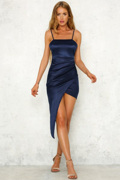 Bodycon wrap dress made of silk midi navy blue with rose gold heels