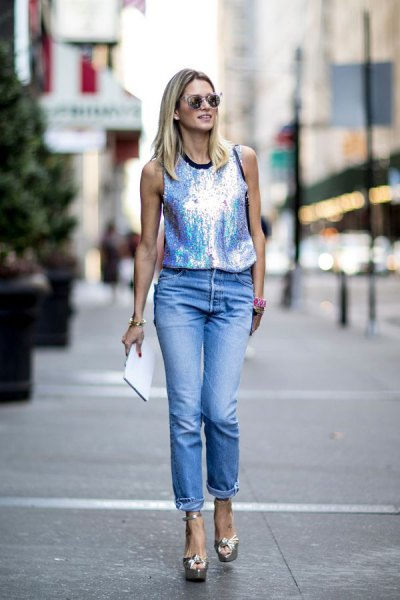 silver tank top with boyfriend jeans with cuff