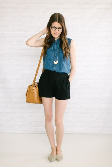15 Outfit Ideas With Denim Sleeveless Shirts - Styleohol