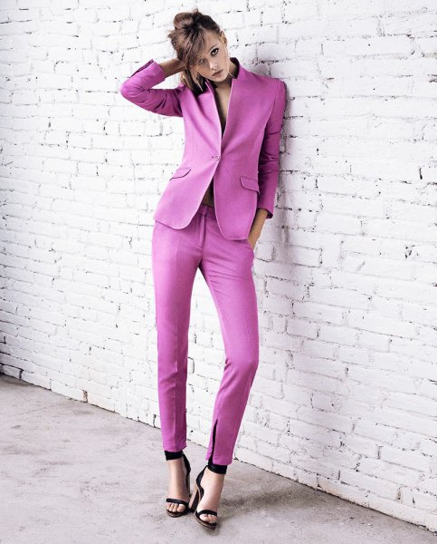 Slim fit light purple suit with black open toe heels
