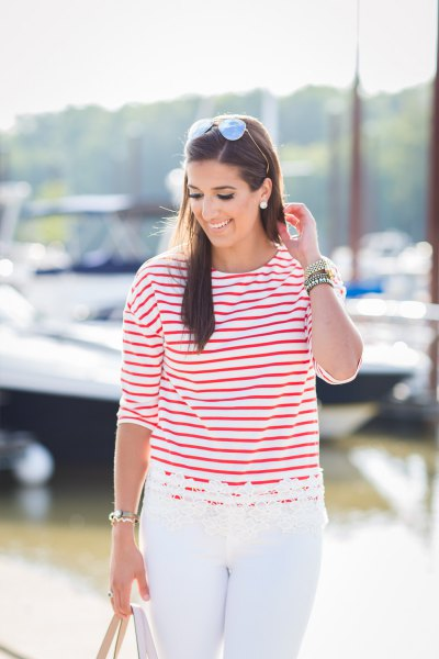 striped shirt white skinny jeans