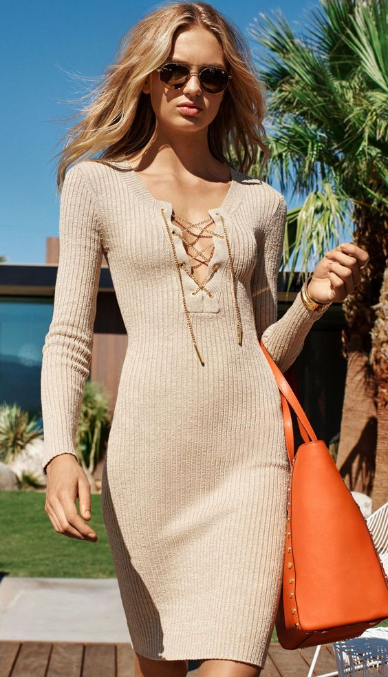 Tie chest dress elegantly knitted
