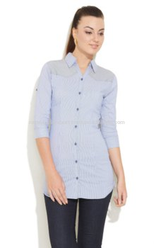 Tunic light blue formal shirt with dark skinny jeans