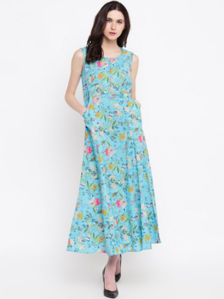 Maxi dress with a turquoise and orange floral pattern