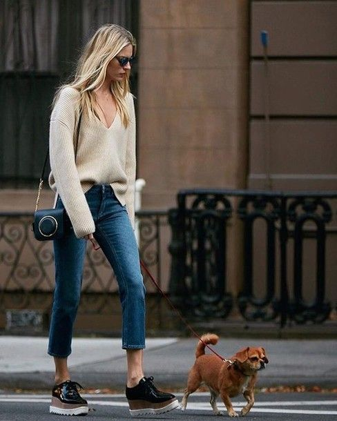 V-neck jeans with a cut