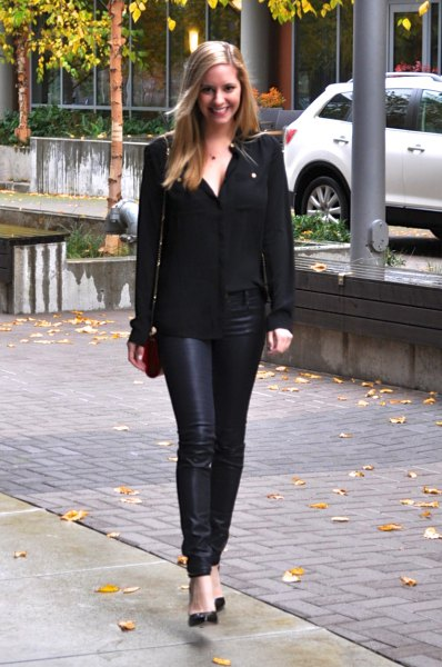 13 Stylish Coated Jeans Outfit Ideas for Women - FMag.c