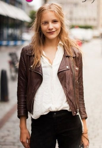 white shirt with buttons, brown jacket and black jeans with a slim fit