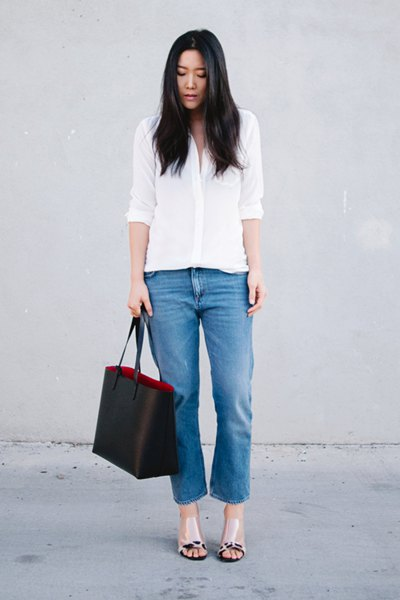 white shirt with buttons, cropped jeans and pink leather sandals with open toe