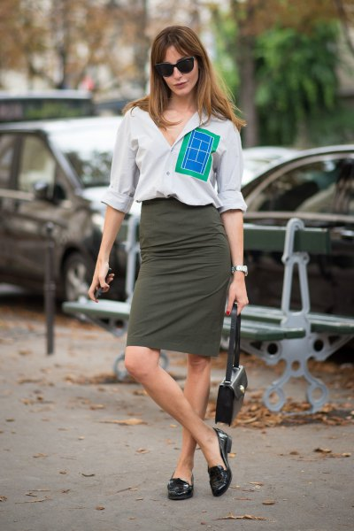 white shirt with buttons, gray midi denim skirt and black slippers