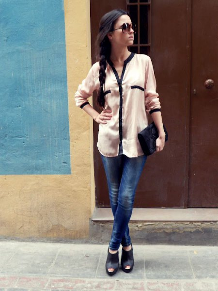 white chiffon blouse with buttons, dark blue jeans and open ankle boots