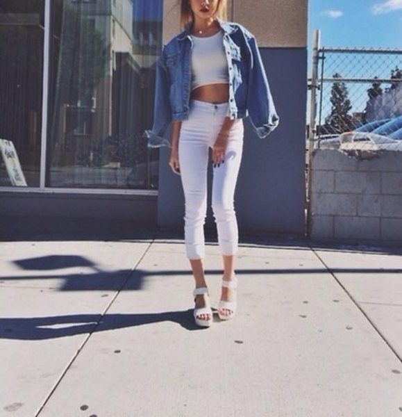white crop top with blue denim jacket and cropped jeans