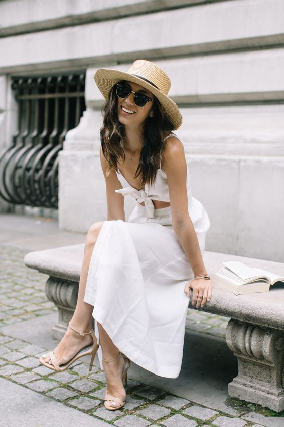 white cut out clothes knot