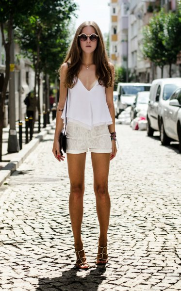white tunic top shorts with deep V-neck