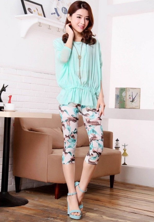 white flared blouse with flowers capri pants