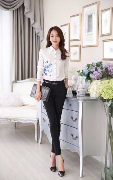 white, floral embroidered, narrow-cut shirt, thin chinos