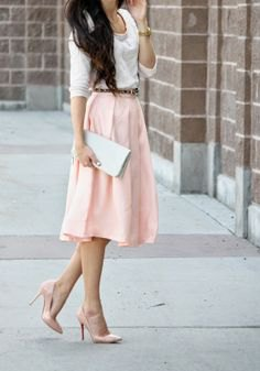 white half-sleeved sweater with light yellow midi skirt and light pink heels