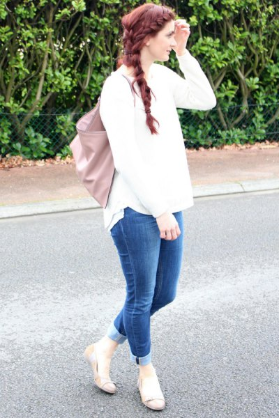 white knitted sweater cuffs jeans pink ballerinas
